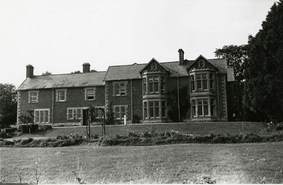 Photograph of The Elms Family Home, Curry Rivel